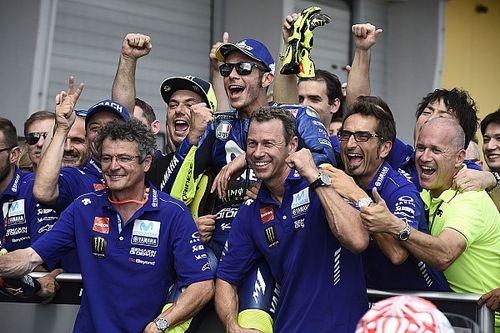 """Rossi grapt: """"Yamaha-staf blijft uit m'n buurt door elektronica"""""""