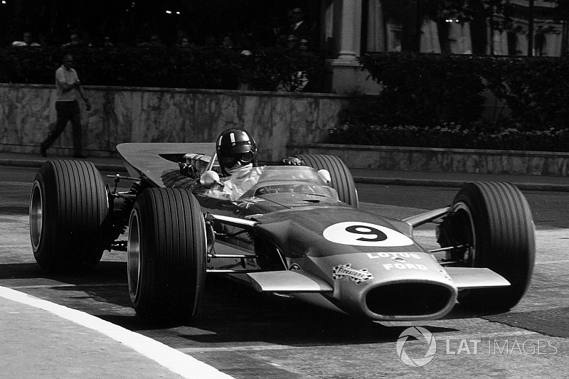 The first appearance of wings on Formula 1 cars