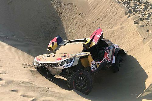 Dakar, ritiro per Loeb: Elena si è infortunato e non può proseguire!