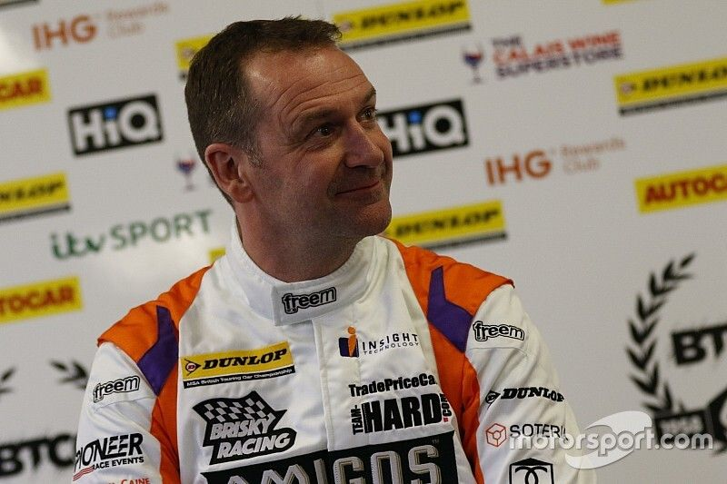 Caine replaces Hamilton at Motorbase