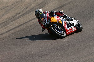 World Superbike Breaking news Honda stand-in O'Halloran hospitalised after Race 1 crash