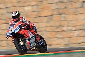 Aragon, Libere 4: Lorenzo riporta la Ducati in vetta davanti a Iannone. Marquez cade