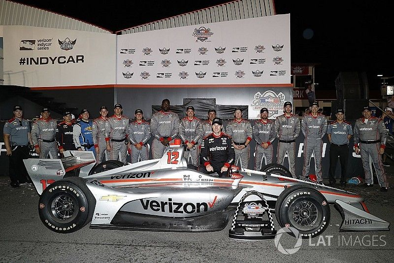 Unser pays tribute to Power, Penske; Power feels honored, determined