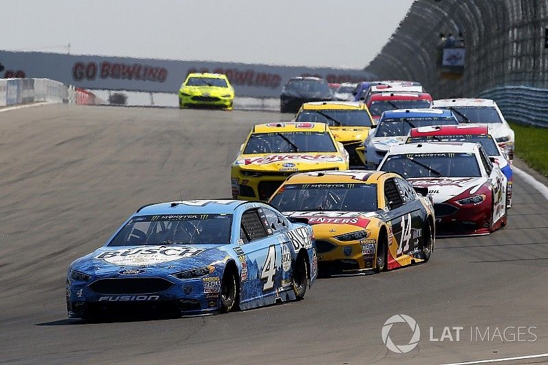 """Clint Bowyer: """"You have to elevate your game"""" to compete with Big 3"""