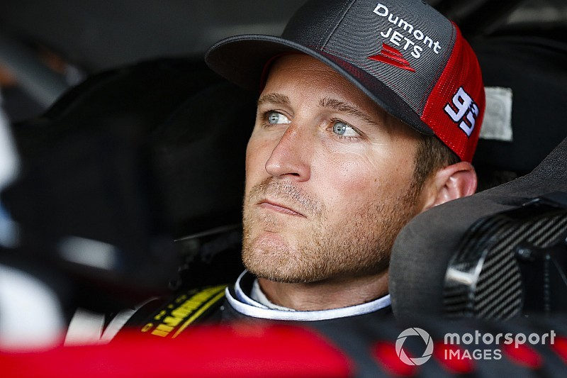 Kasey Kahne to continue to sit out at least the next three Cup races