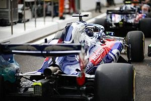 """F1 should do away with """"strange rule"""" for penalties - Hartley"""