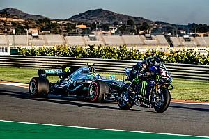 """Rossi: """"Hamilton fue brillante con la moto"""""""