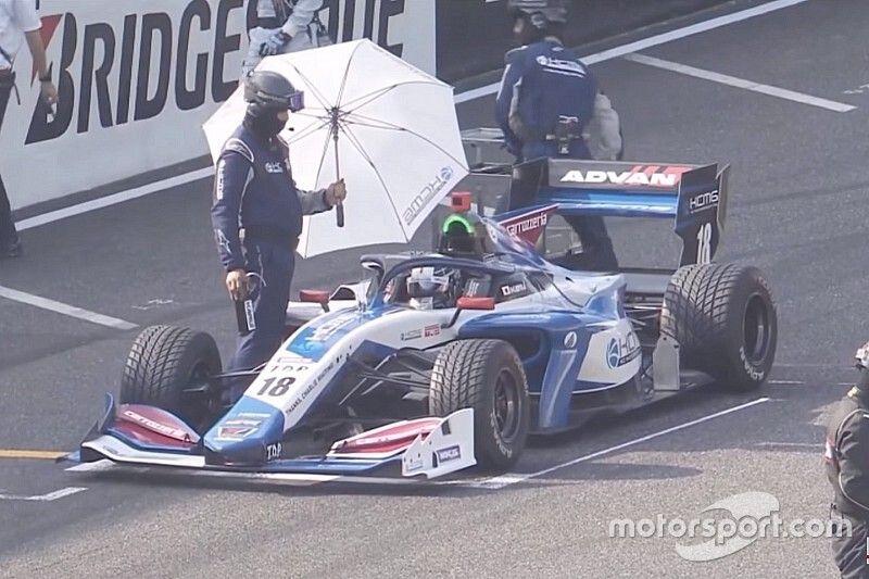Kobayashi's team explains bizarre wet tyre strategy