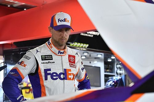 Hamlin goes after Logano following post-race shove