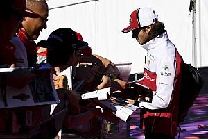 Alfa Romeo, Giovinazzi ile devam etmeye hazırlanıyor