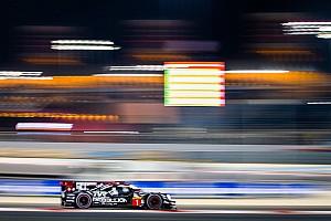 Senna dyktuje tempo