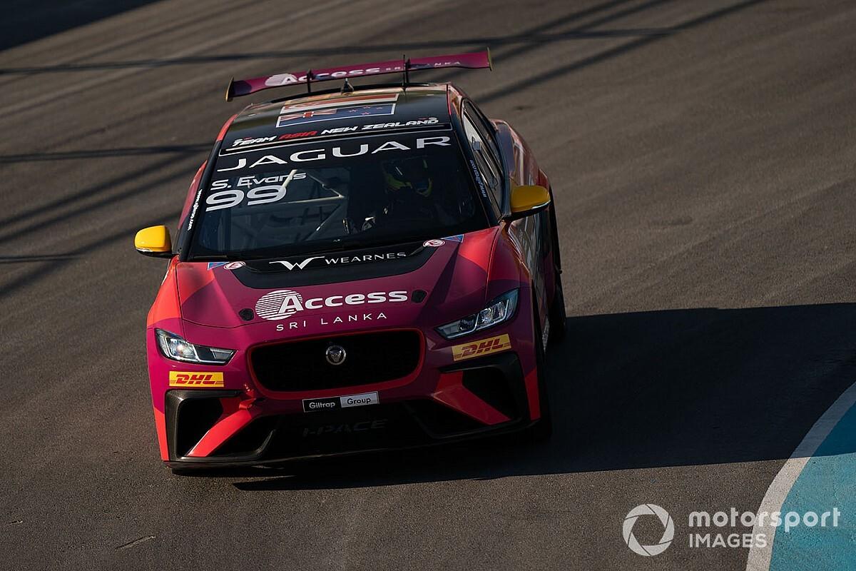 Evans termina na frente de Jimenez e é campeão da temporada 2019-20 do Jaguar i-Pace eTrophy; Cacá vence prova