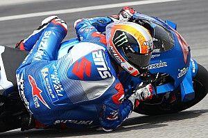 Suzuki marca el paso en el inicio de los test en Qatar