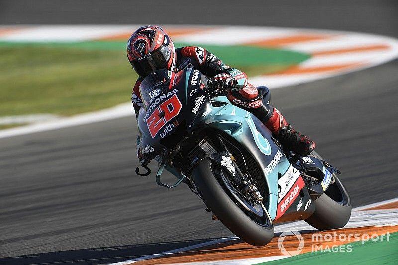 Quartararo topt vrijdagtrainingen in Valencia, crash voor Rossi