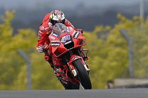 Miller gokt en is 1,5 seconde sneller in eerste training Franse GP