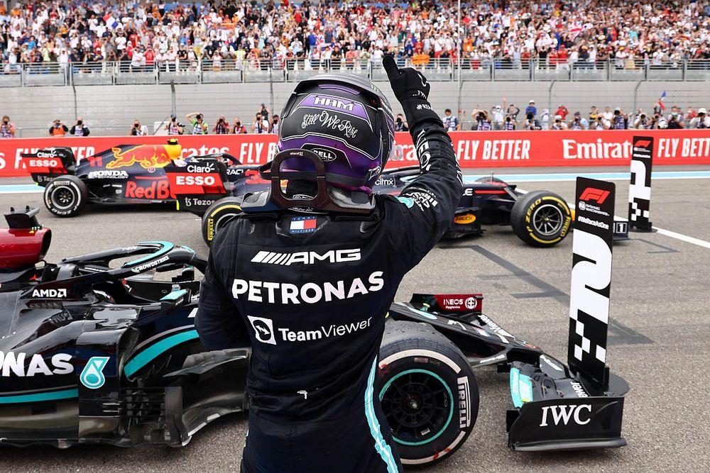 """Hamilton: """"Elhamarkodottnak"""" érződik megtölteni a lelátókat a Brit Nagydíjon"""