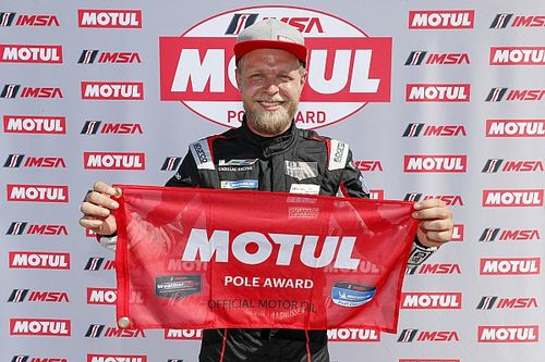 Pierwsze pole position Magnussena