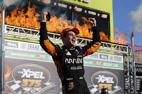 Texas IndyCar: O'Ward beats Newgarden, Rahal to score first win