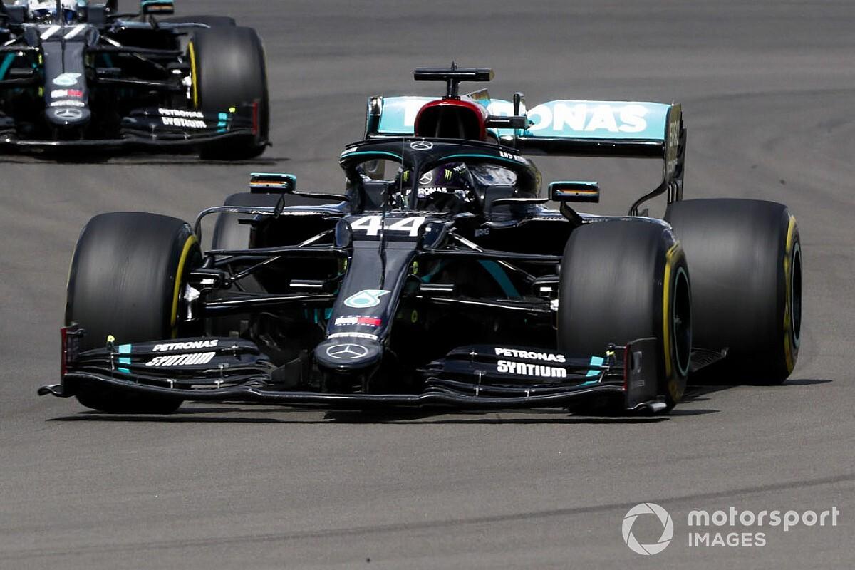Course - Hamilton gagne sur trois roues dans une fin de GP irrespirable!