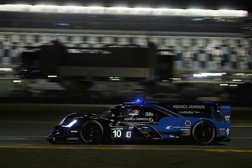 Rolex 24, H12: WTR Acura holds narrow lead at halfway