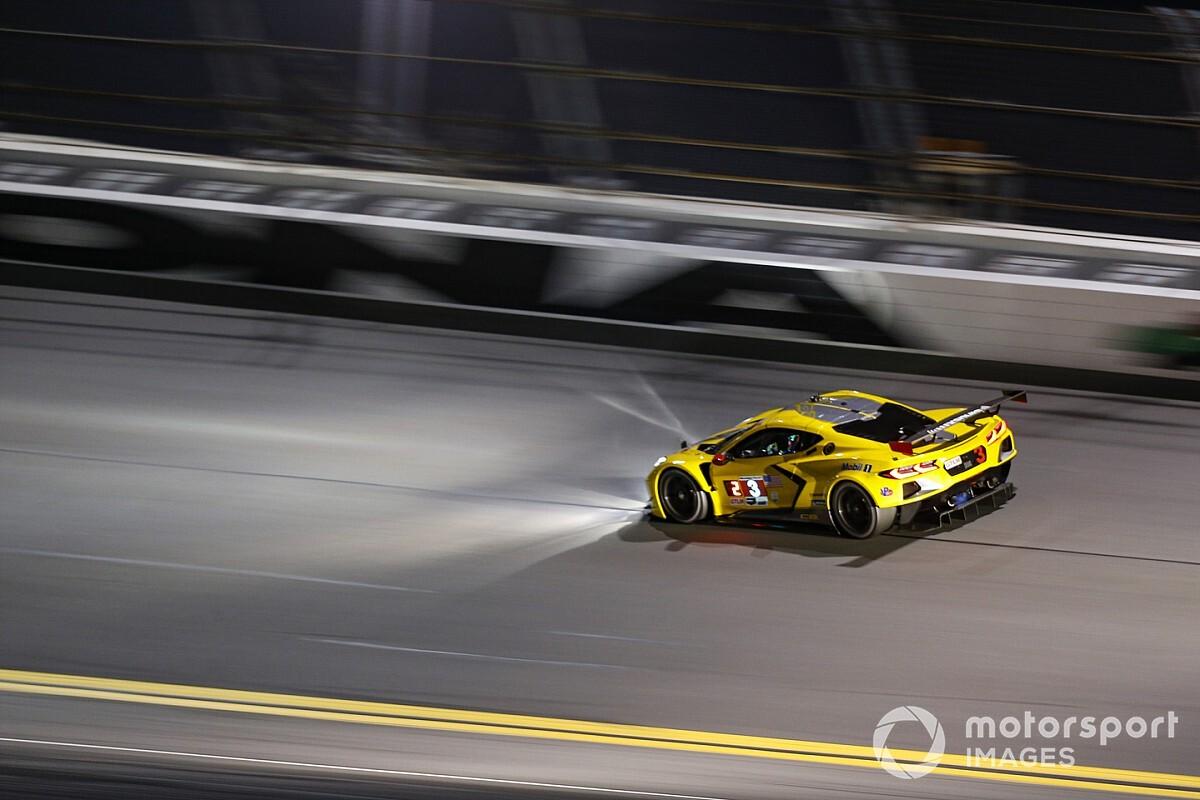 ¡Antonio García y Corvette ganan las 24h de Daytona 2021!
