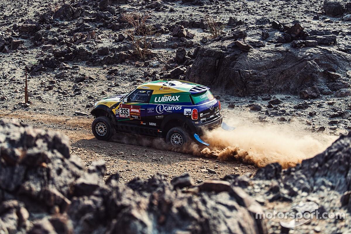 Após dia mais difícil do Dakar, Spinelli e Haddad entram no top-15 entre carros