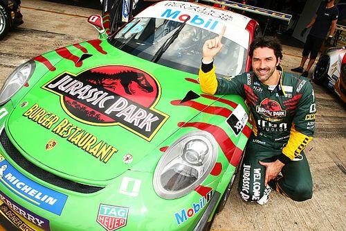 Porsche Cup: Jurassic Park e Outubro Rosa estampam carros em Goiânia; veja
