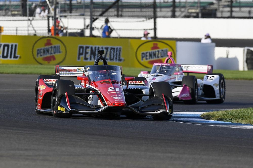"""VeeKay finisht in Indianapolis op P24: """"Hadden helemaal geen pace"""""""
