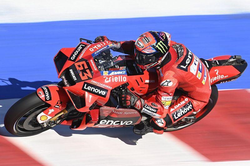 MotoGP: Bagnaia é pole em San Marino em treino marcado por quedas