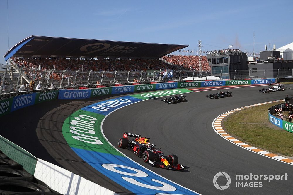 "Mercedes felt ""behind the curve"" at Dutch GP after Friday struggles"