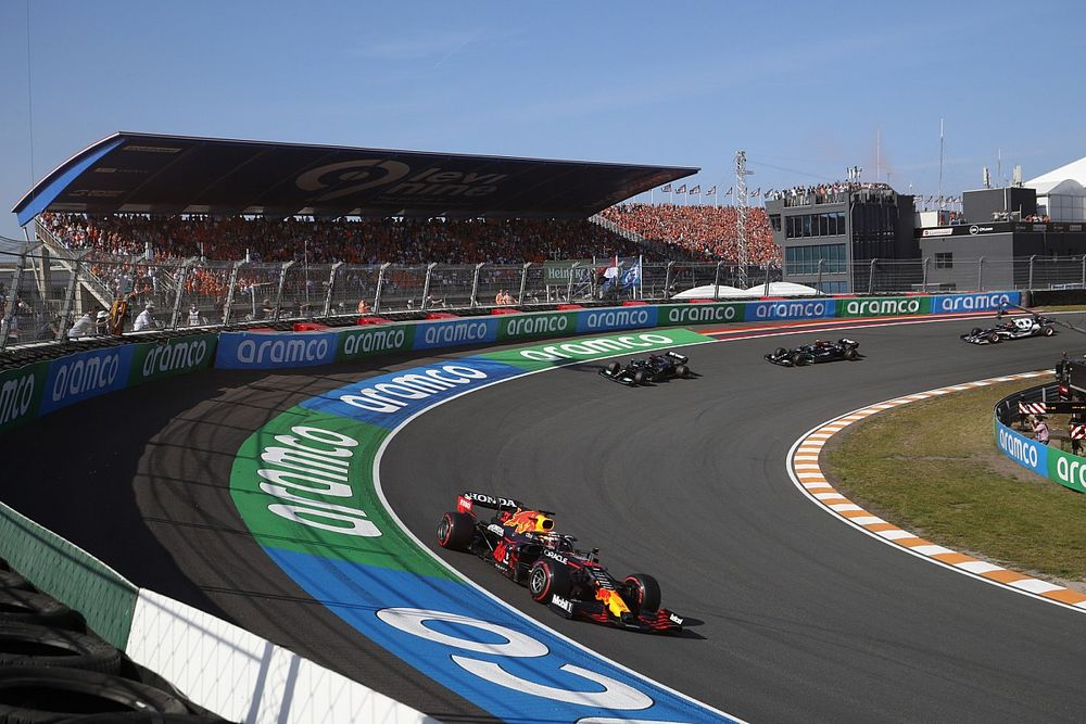 Hasil F1 GP Belanda: Strategi Jitu Bawa Verstappen Libas Mercedes