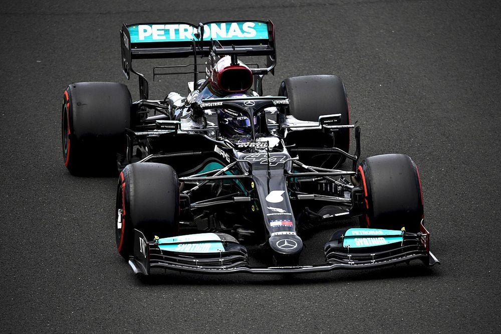 匈牙利大奖赛排位赛:汉密尔顿强势拿下杆位