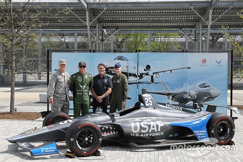 Daly unveils U.S. Air Force fighter jet livery for Indy 500