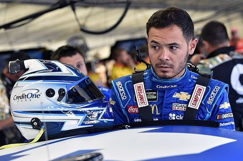 Kyle Larson takes Stage 1 win at Pocono over Byron