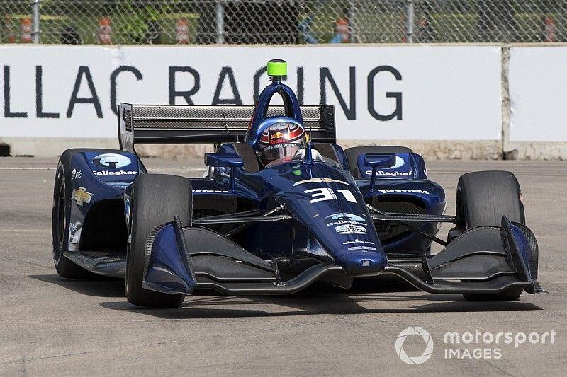 Ilyen komoly a McLaren IndyCar-versenyzőjének házi szimulátora