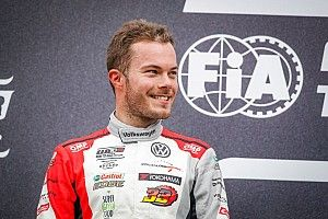 Leuchter domina la Clasificación 2 del WTCR en Nurburgring con doblete de VW