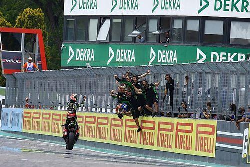 SBK, Imola: Rea si impone nella Superpole Race, Davies a podio