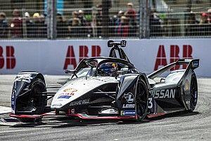Fotostrecke: Die Schweizer Buemi und Mortara beim Paris E-Prix in der Formel E