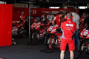 Les Ducati officielles en difficulté