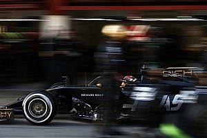 Így tiszteleg az elhunyt Whiting előtt a Haas F1 Team