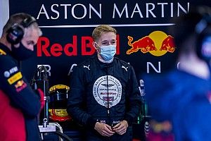 Hoggard replaces Chovet in FIA F3 at Jenzer Motorsport