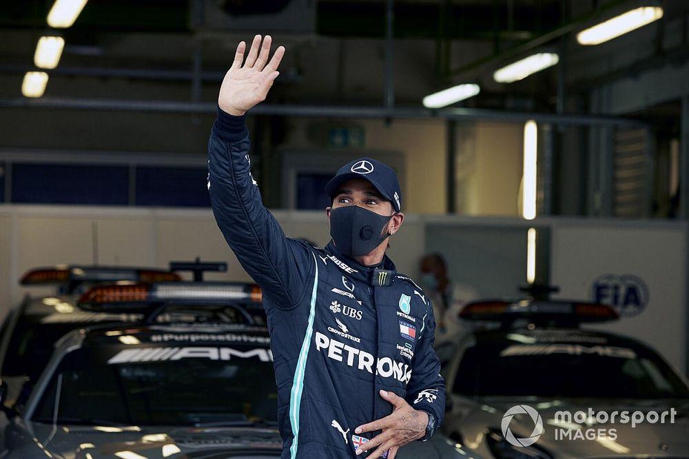 Mercedes не подпишет контракт с Хэмилтоном до конца сезона-2020