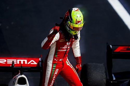 Mick Schumacher, campeón de la Fórmula 2 con enorme susto