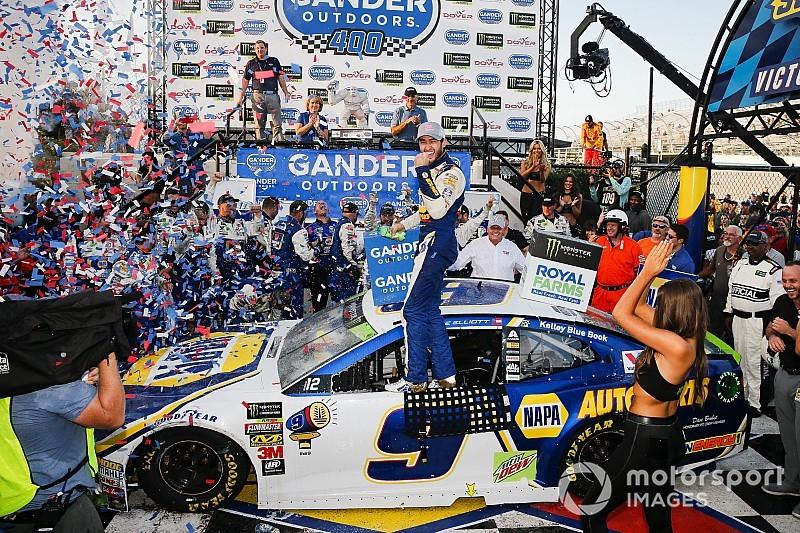 Эллиотт выиграл гонку NASCAR Cup в Довере и прошел в «раунд восьми»