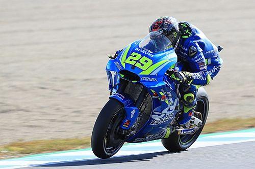 MotoGP, Phillip Island, Libere 2: Iannone a cannone, ma brilla anche Petrucci
