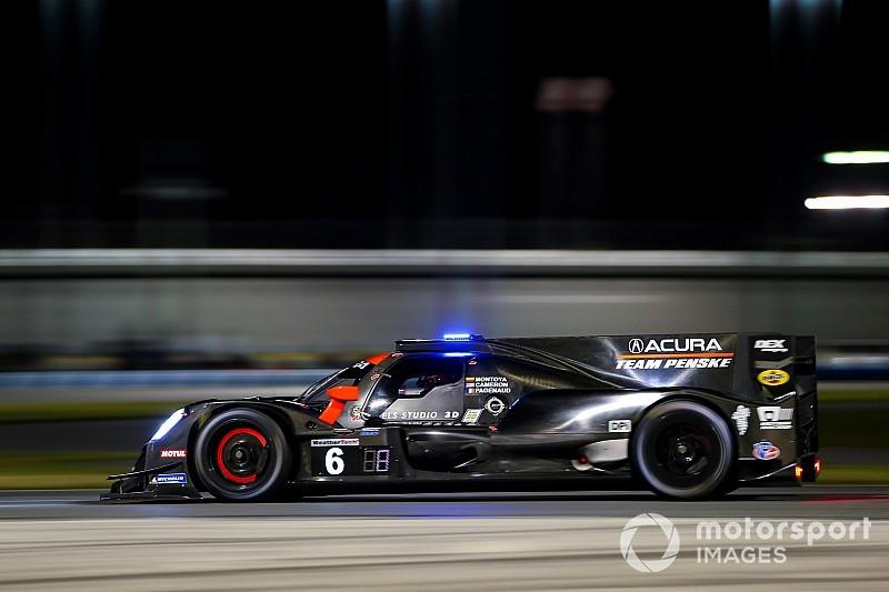 Acura lidera después de 9 horas; el coche de Alonso, tercero