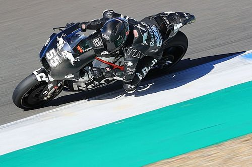 "Struggling Tech 3 KTMs ""losing something big"""