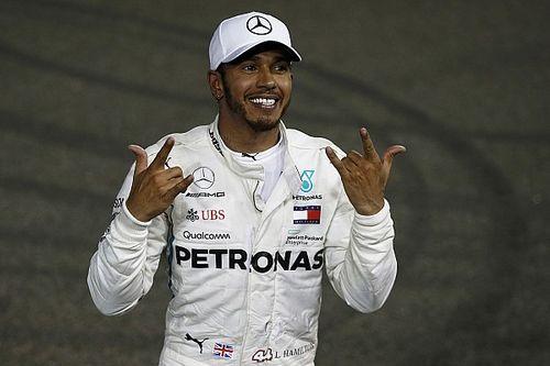 Hamilton sluit kampioenschapsjaar af met zege in Abu Dhabi, Verstappen derde