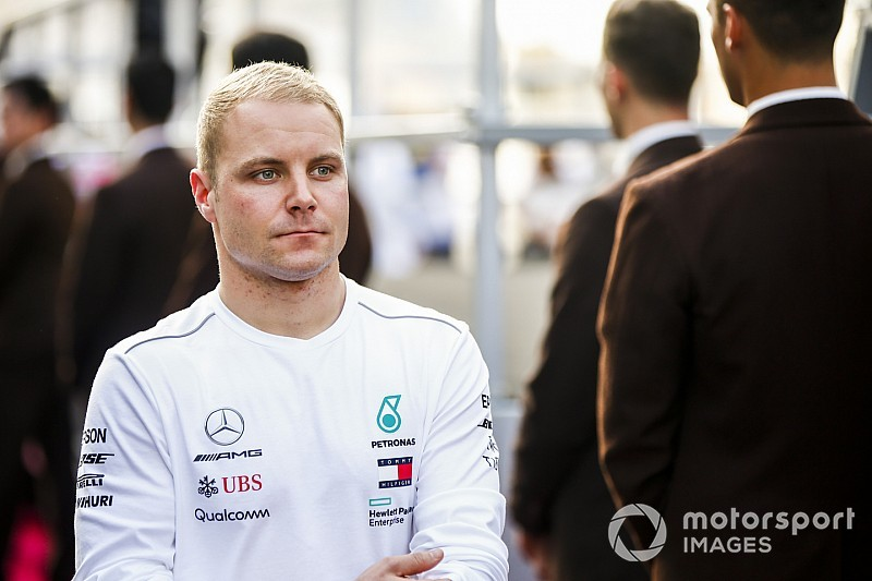 "Wolff says Bottas wants to ""disappear"" to help F1 recovery"