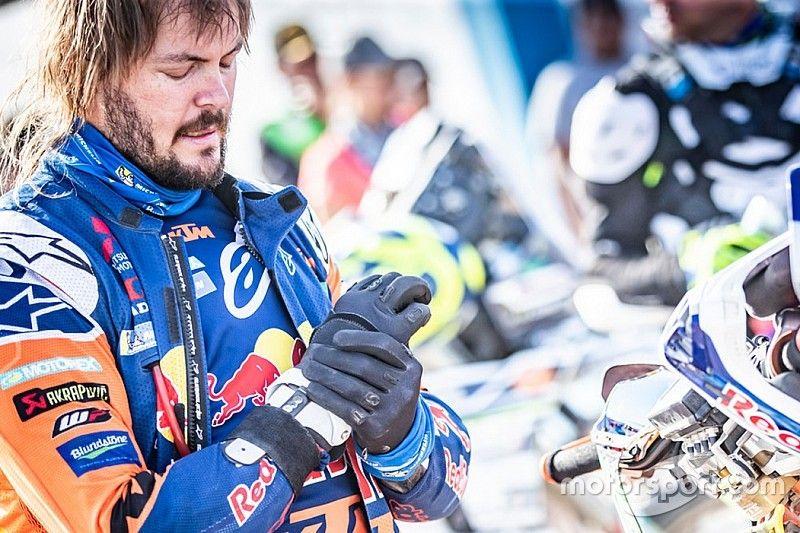 """Dakar, Price diventa leader ma ora viene la parte più difficile: """"Il mio polso è in fiamme!"""""""